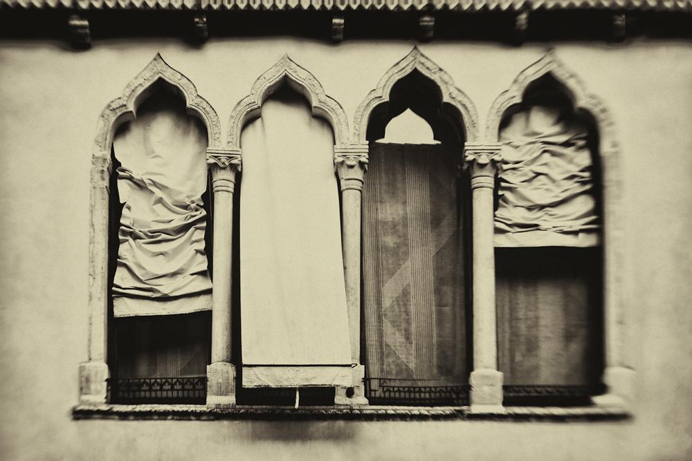 Awnings © Sarah Hadley
