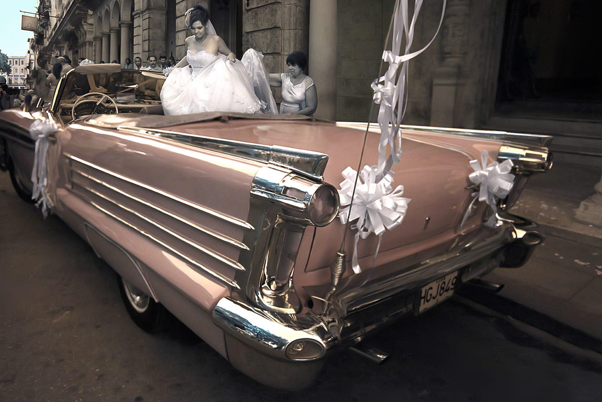 Bride Car 1/15 © EK Waller