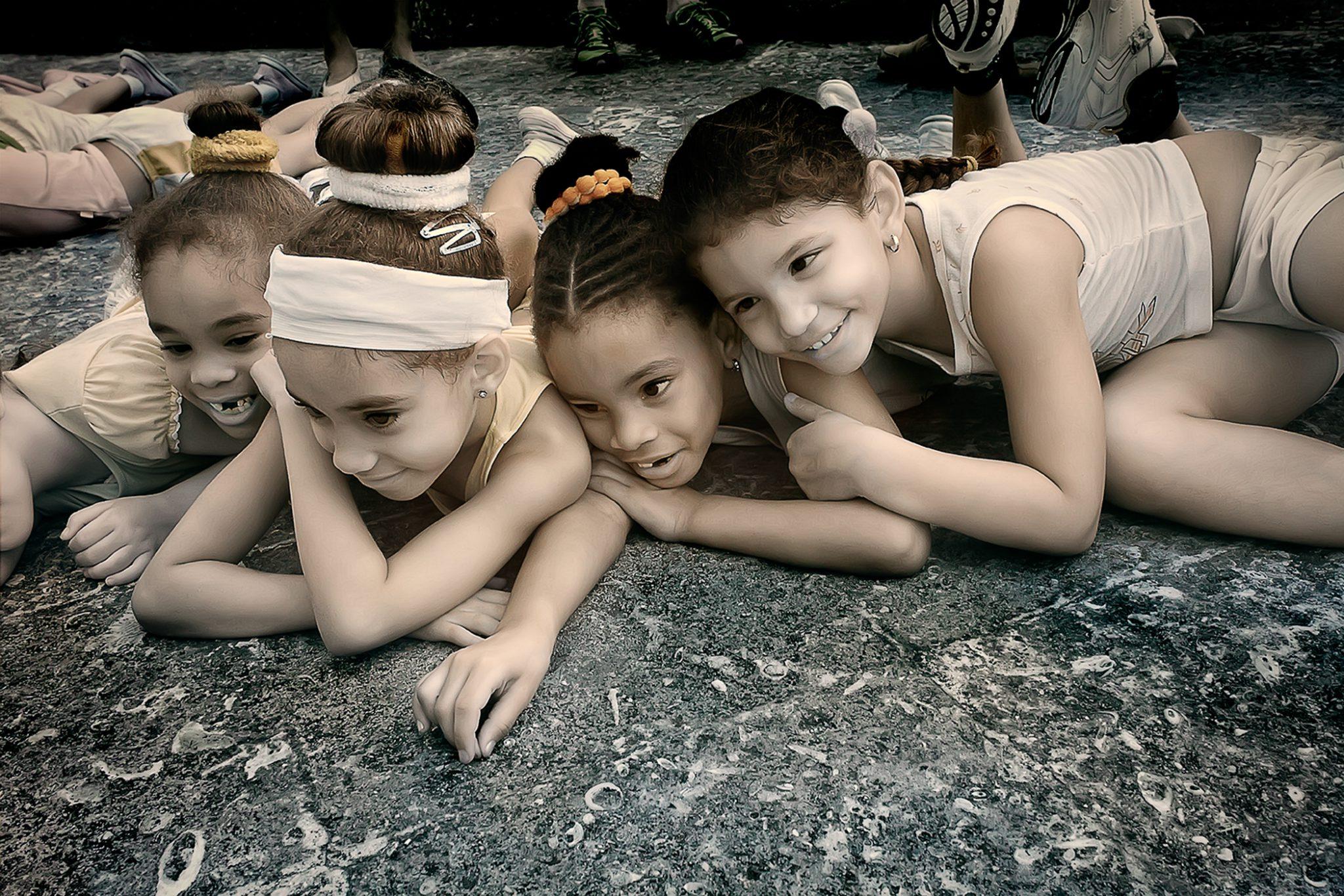 Girls on Ground 2/15 © EK Waller