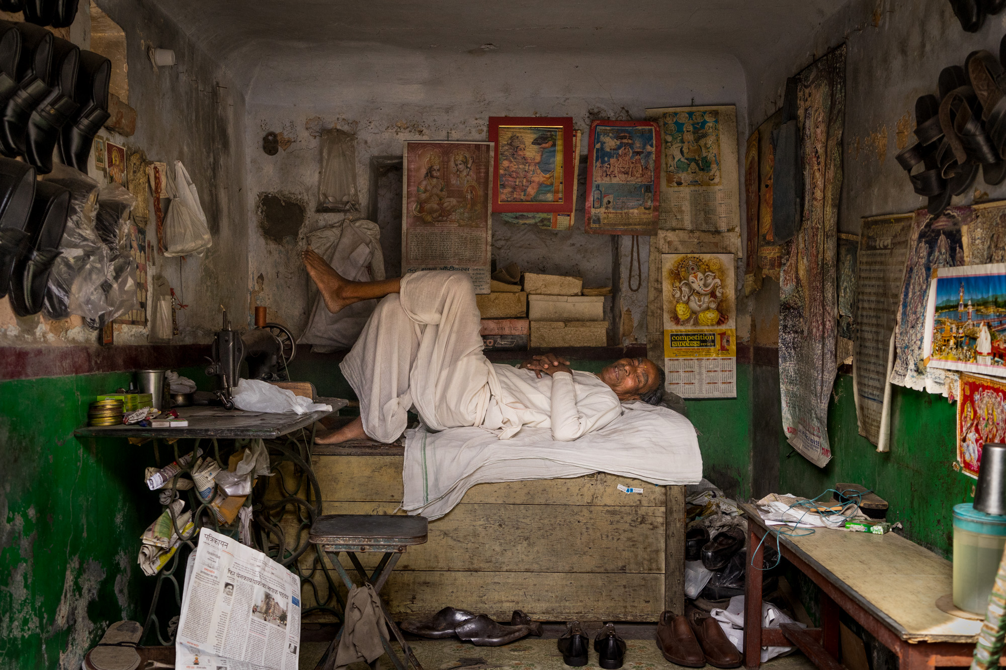 Shoe Repair Man, Jaipur, India
