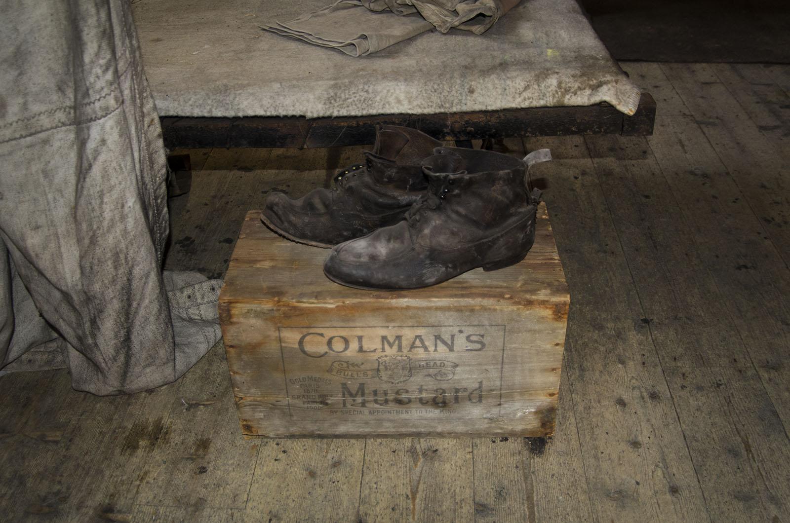 Colman Boots 1 2013 16×24 © L'Heureux