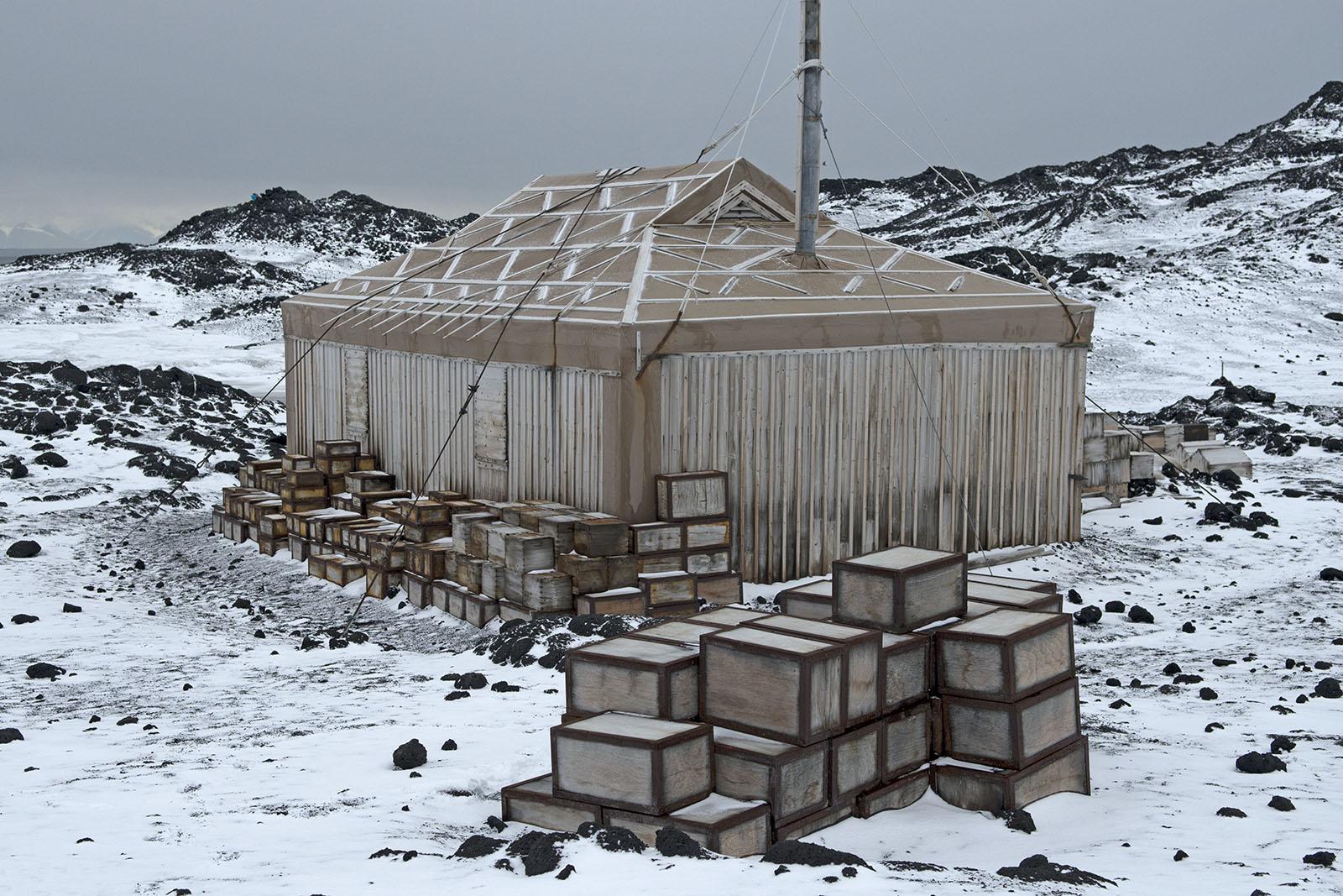 Shackleton's Hut 2 2014 16×24 © L'Heureux