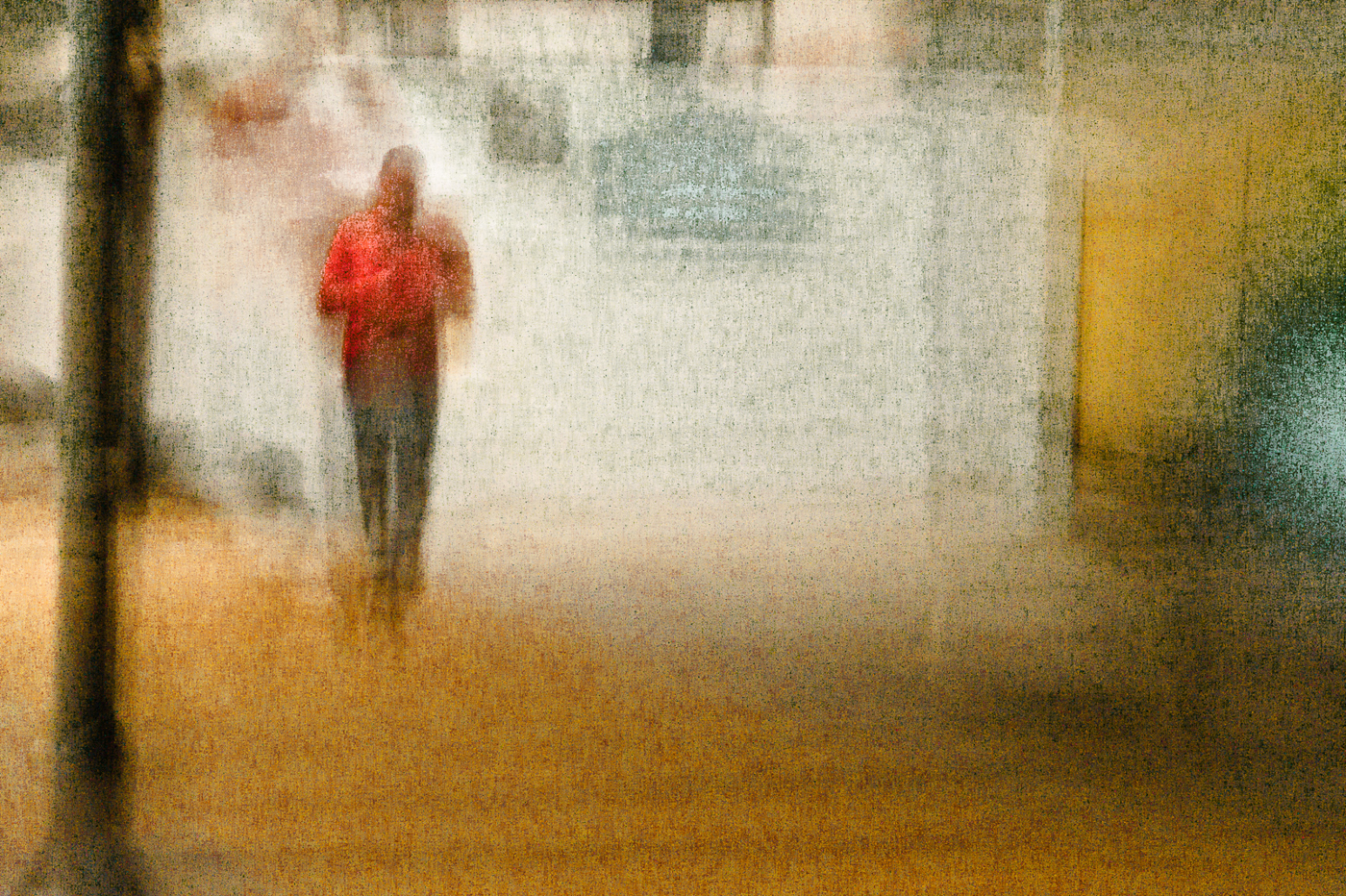 Urban Figure no 5273-Red Shirt © Sol Hill