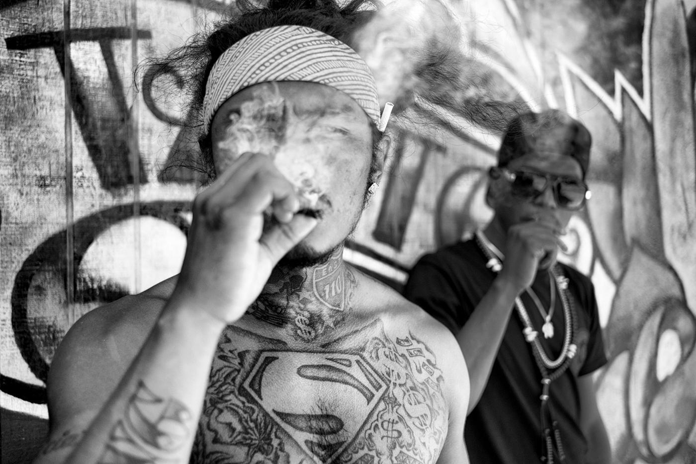 Smoking by the Boardwalk © Dotan Saguy